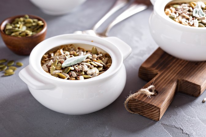 How to Cook Oat Groats in a Slow Cooker