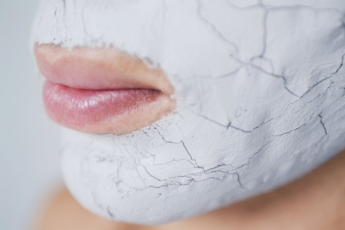 How to Remove Blackheads Without Exfoliation