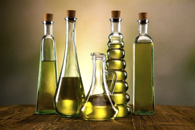 Health Benefits: Sesame Seed Oil Vs. Olive Oil