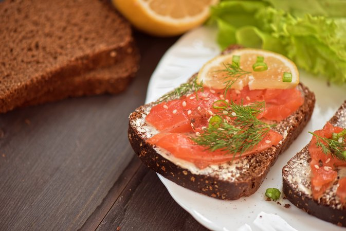Health Benefits of Lox Vs. Baked Salmon