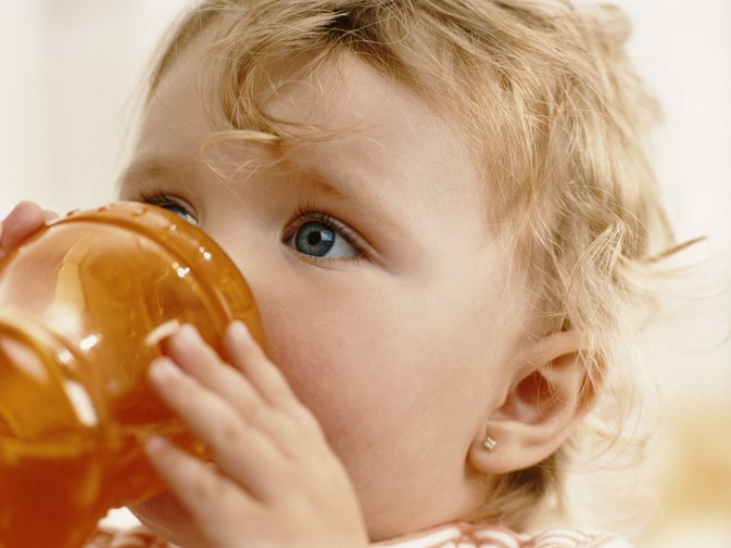 Can Babies Drink Cranberry Juice?