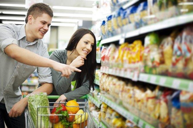 What Essential Groceries to Buy When Moving into Your First Home