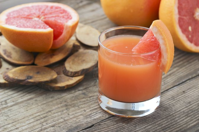 How to Drink Grapefruit Juice to Lose Weight | LIVESTRONG.COM