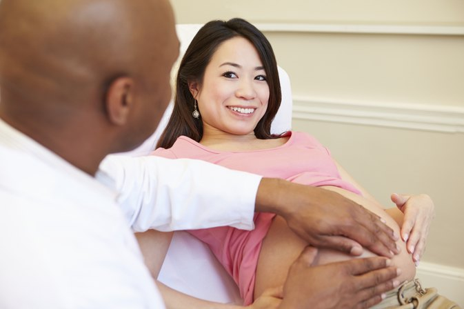What Are Some Reasons a Doctor Will Put a Pregnant Woman on Bedrest?