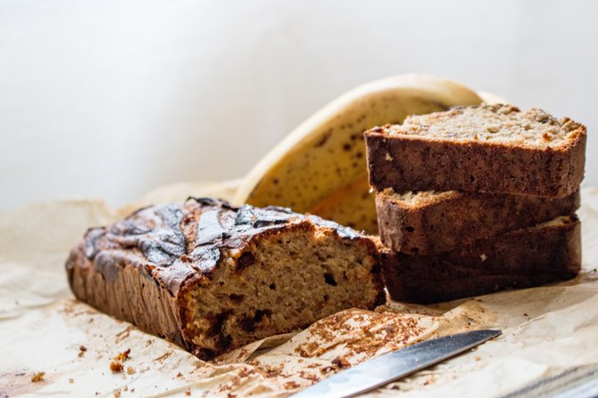How to Bake Banana Bread in a Small Pan