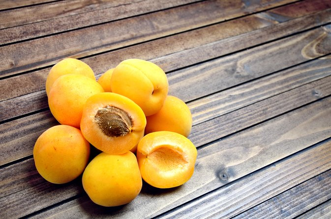 Apricot Kernels Side Effects
