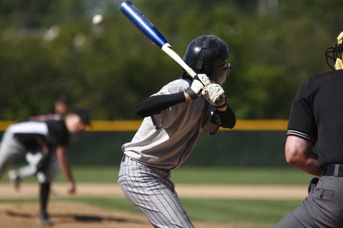 What Causes Wrist Pain When Playing Baseball?