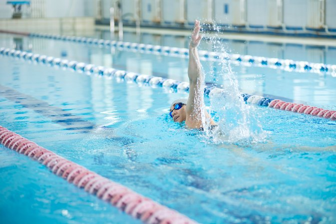 How to Become a Pro Swimmer
