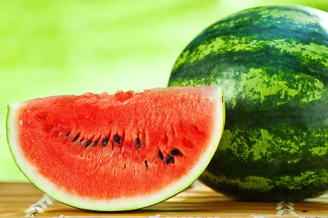 diet plan and watermeloon