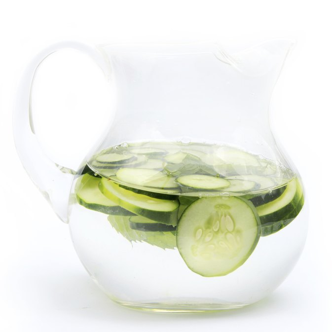 The Health Benefits of Drinking Cucumber Water