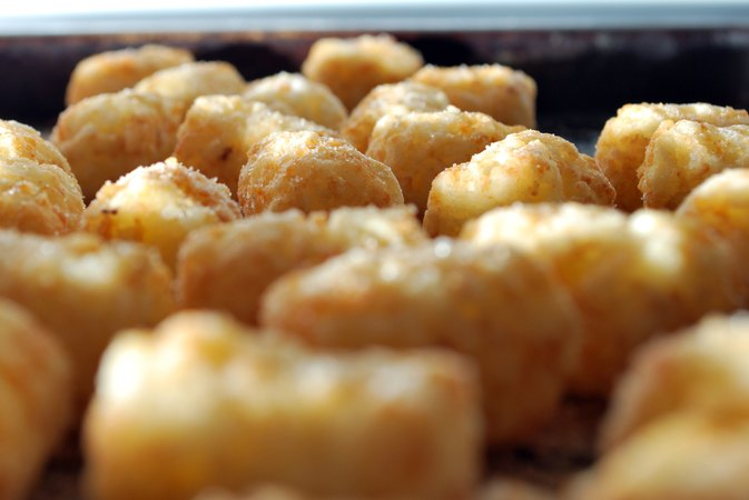 How to Cook Tater Tots in the Microwave