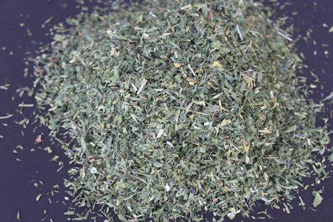What Are the Benefits of Alfalfa Tea?