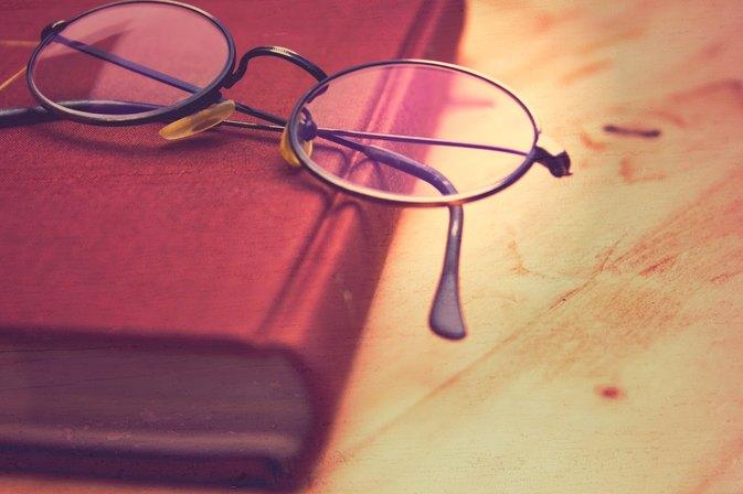 Law on Old Prescription Eyeglasses | LIVESTRONG.COM