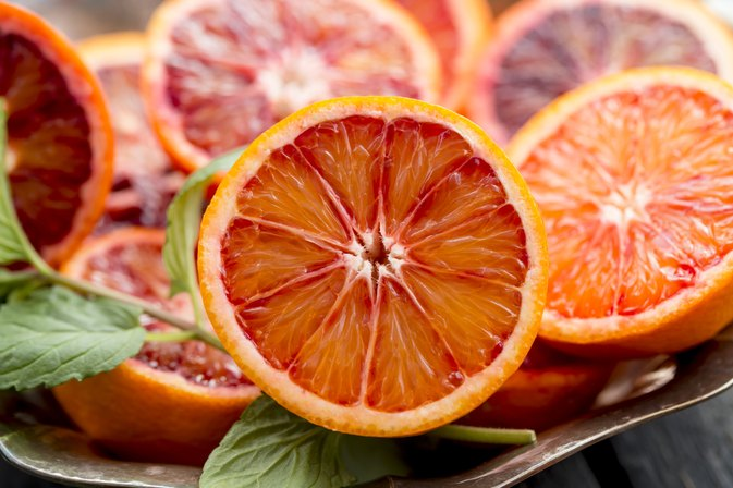 Nutritional Facts for Blood Vs. Regular Oranges