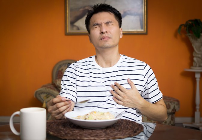 Food Sticking in the Throat and Acid Reflux
