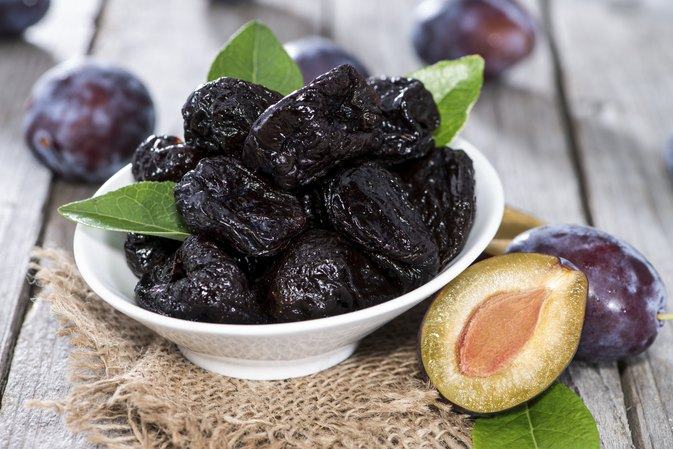 Pitted Prunes Vs. Over-the-Counter Laxatives