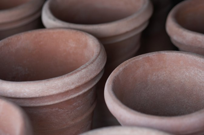 How to Bake Bread or Cake in Terra Cotta Pots