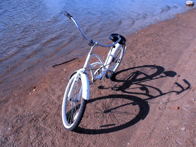 Comfort Vs. Cruiser Bicycles