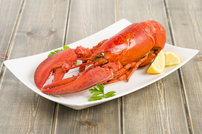 What Should You Serve As an Appetizer Before a Lobster Dinner?