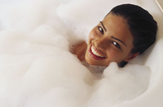 Common Household Items to Use in a Bath for Skin Care