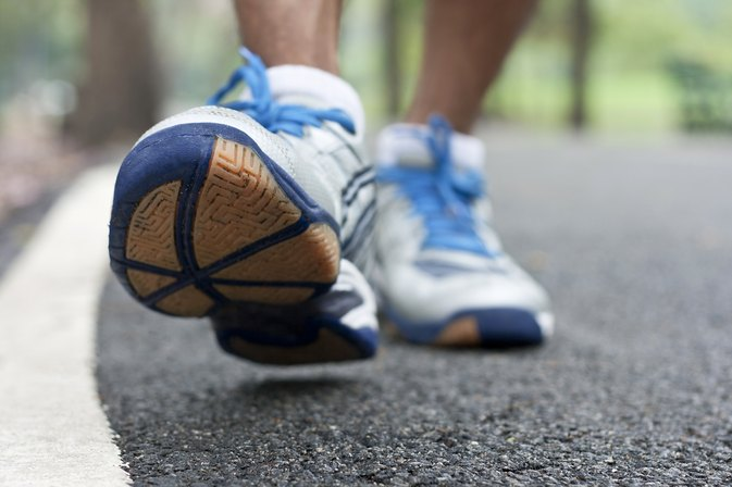 How to Lose Weight by Walking 2 Miles a Day