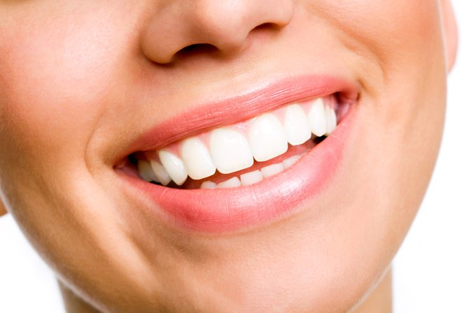 What Natural Things Can Make Your Teeth Whiter?