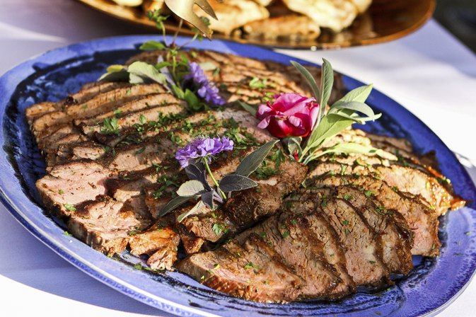 How to Cook Beef Loin Tri-Tip Steaks in the Oven ...