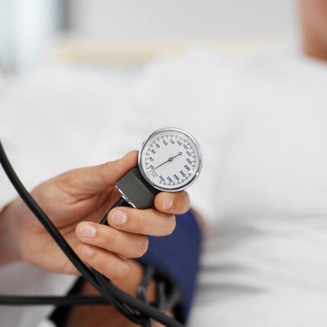 What Are the Dangers of Taking Niacin for Blood Pressure?