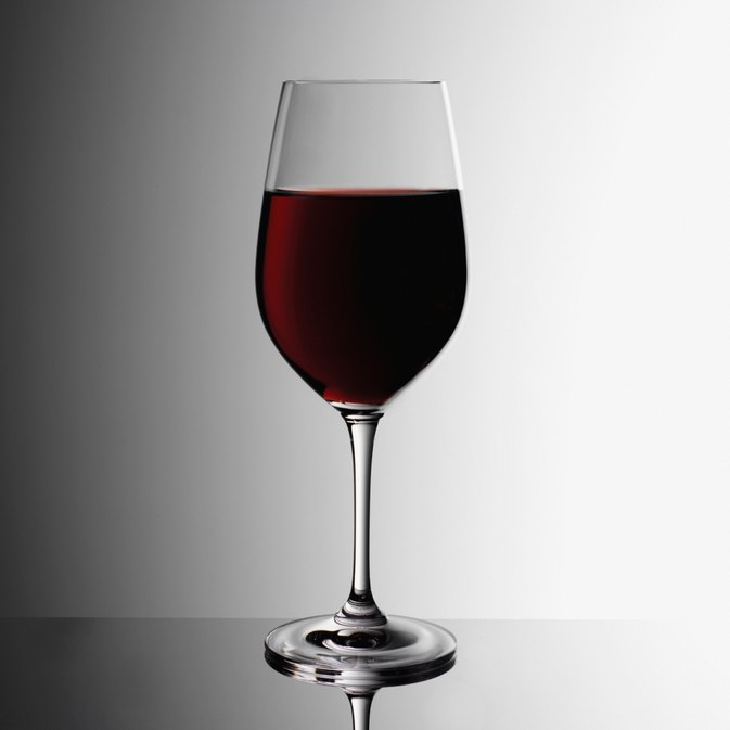 Can You Lose Weight by Drinking Red Wine?