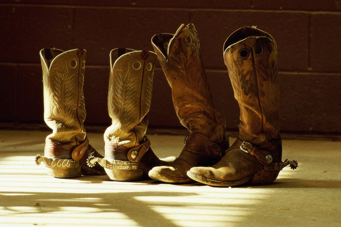 How to Stretch out the Tops of Western Boots