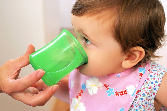 How Much Water Should a 1-Year-Old Drink?