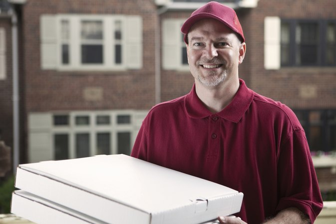 How to Keep Delivery Pizza From Spoiling