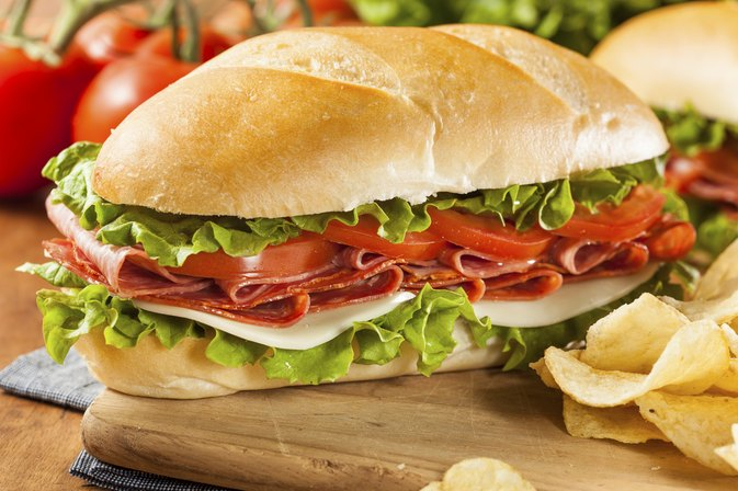 How Many Calories Are in a Subway Sandwich Bread?