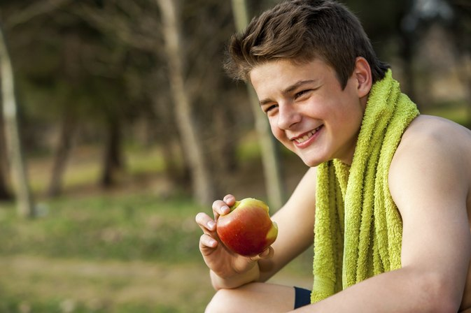 How a Skinny Teen Can Gain Muscle Weight