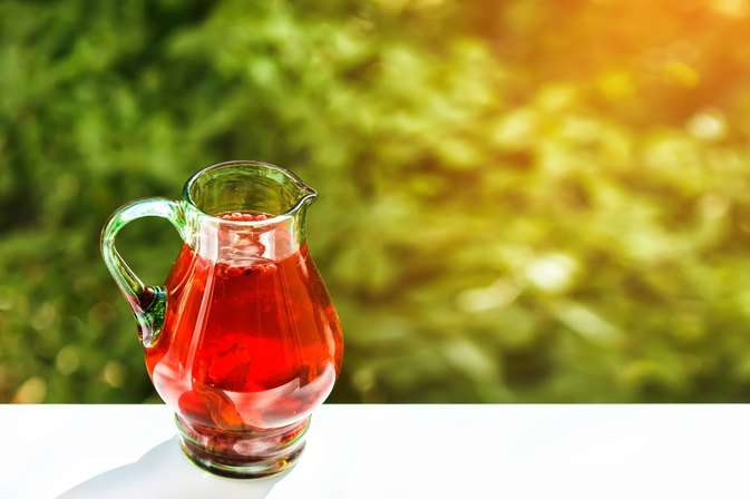 Urethra Pain When Urinating & Cranberry Juice