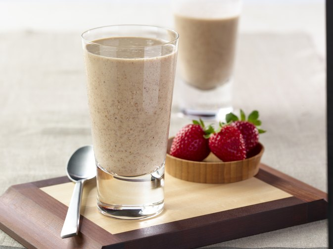 Can You Lose Weight Drinking Protein Shakes to Replace 2 Meals a Day?