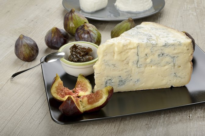 Can I Eat Gorgonzola Cheese During Pregnancy?