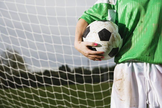 How Soon Can You Play Soccer After Breaking a Toe?