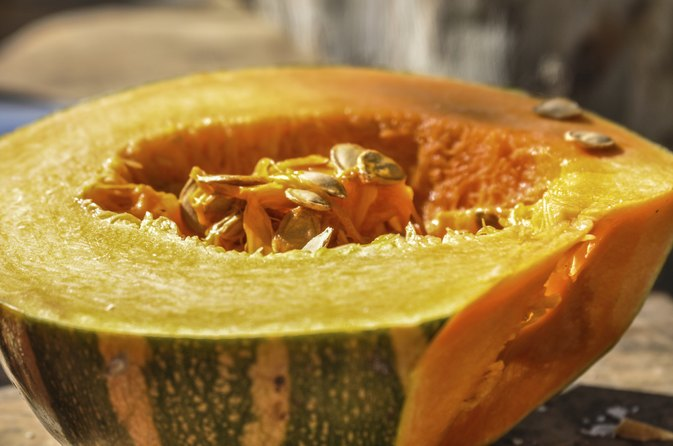 How to Bake or Roast a Calabaza