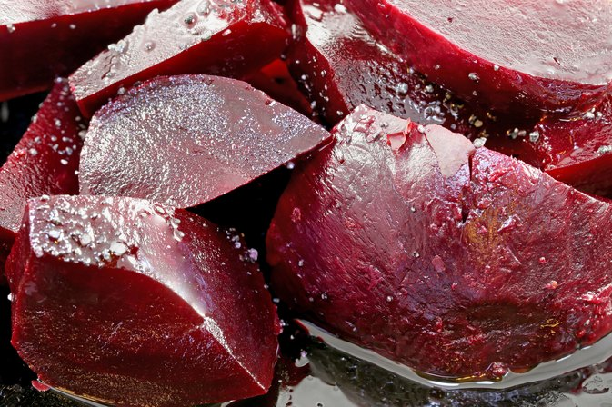 How to Tell When Fresh Beets Are Done Cooking