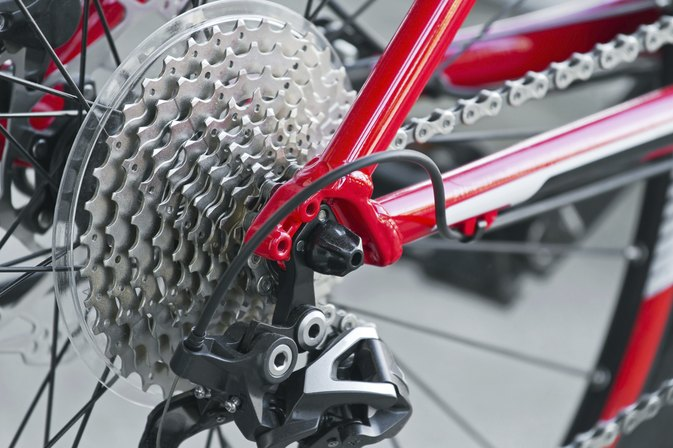 How to Use Gears on an 18 Speed Bicycle