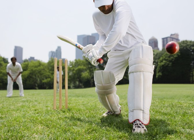 How to Wear a Cricket Guard