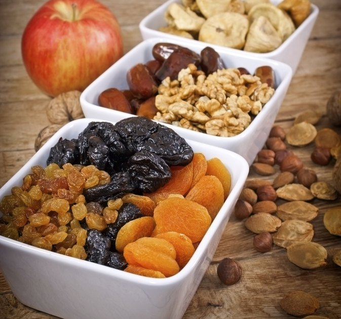 Nutrition & Vitamins in Dried Fruits for a Diet