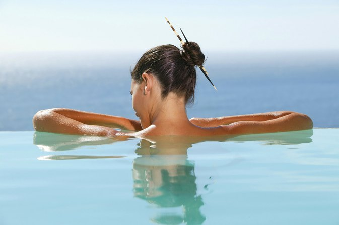 How to Prevent Breakouts on Your Back