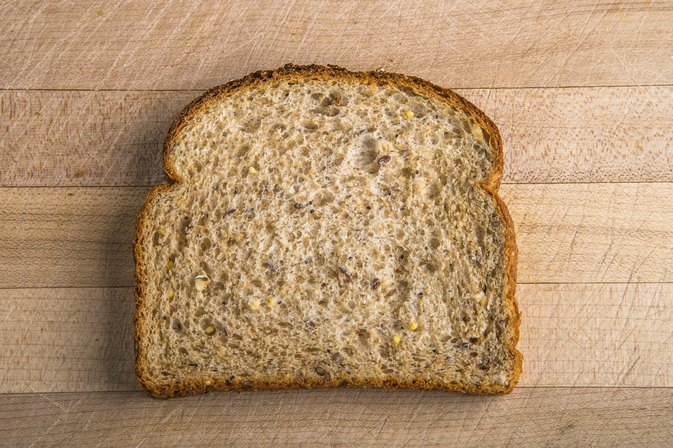Is It Good to Eat Whole-Wheat Bread on a Diet?