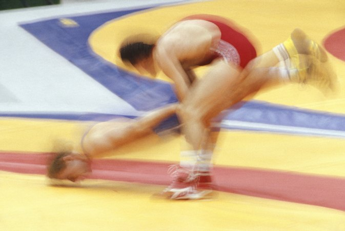 The Best Takedowns for Short Wrestlers