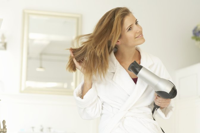 Are There Disadvantages to Ionic Hair Dryers?