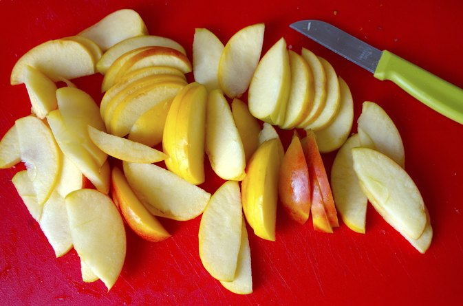 How to Dehydrate Apples Without a Dehydrator