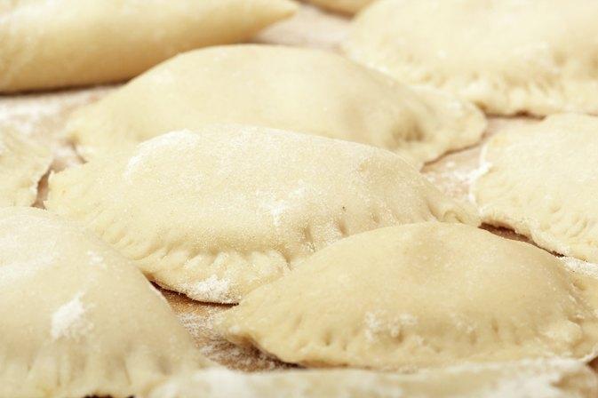 how to make cheese and potato perogi