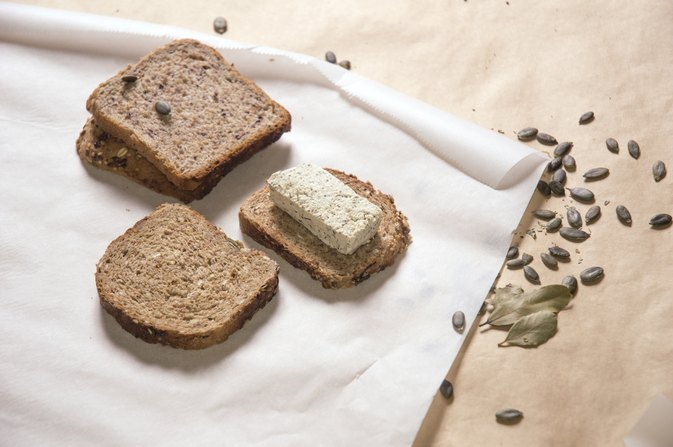 Nutritional Value of Dark Pumpernickel Bread